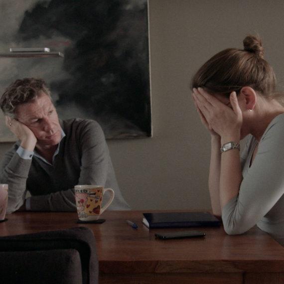 HIER BEN IK Franck en Suzanne aan tafel